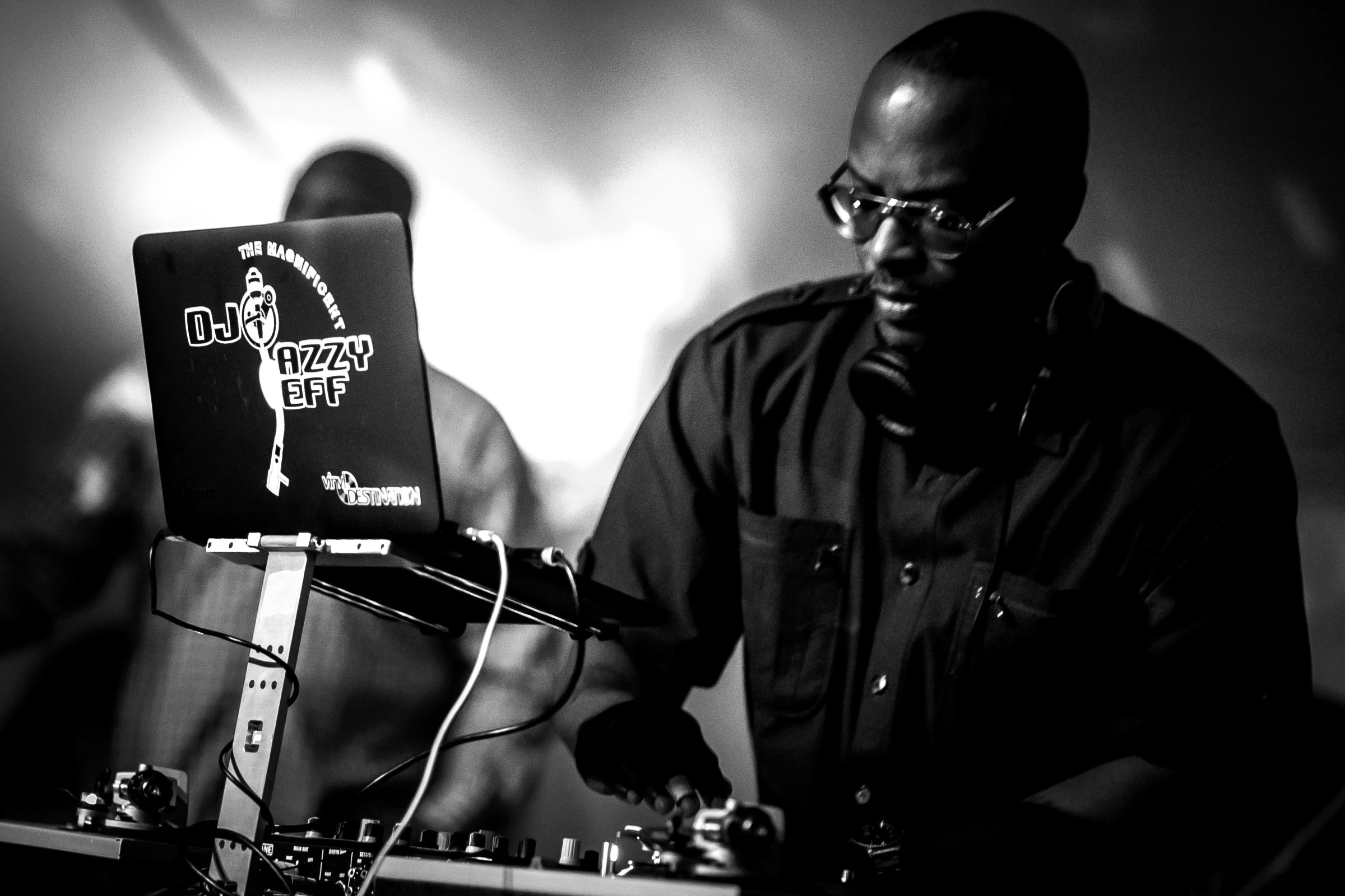 DJ JAZZY JEFF performing during a Trapp Family Lodge wedding reception in Stowe, Vermont.