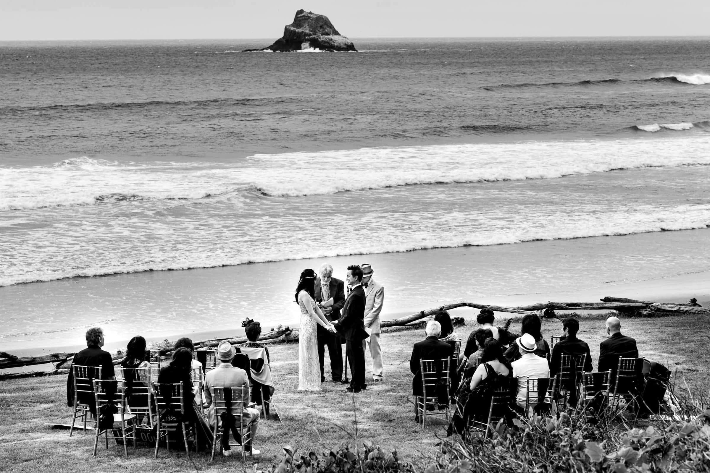 Gorgeous private small wedding venue on the in Manzanita Oregon Coast.