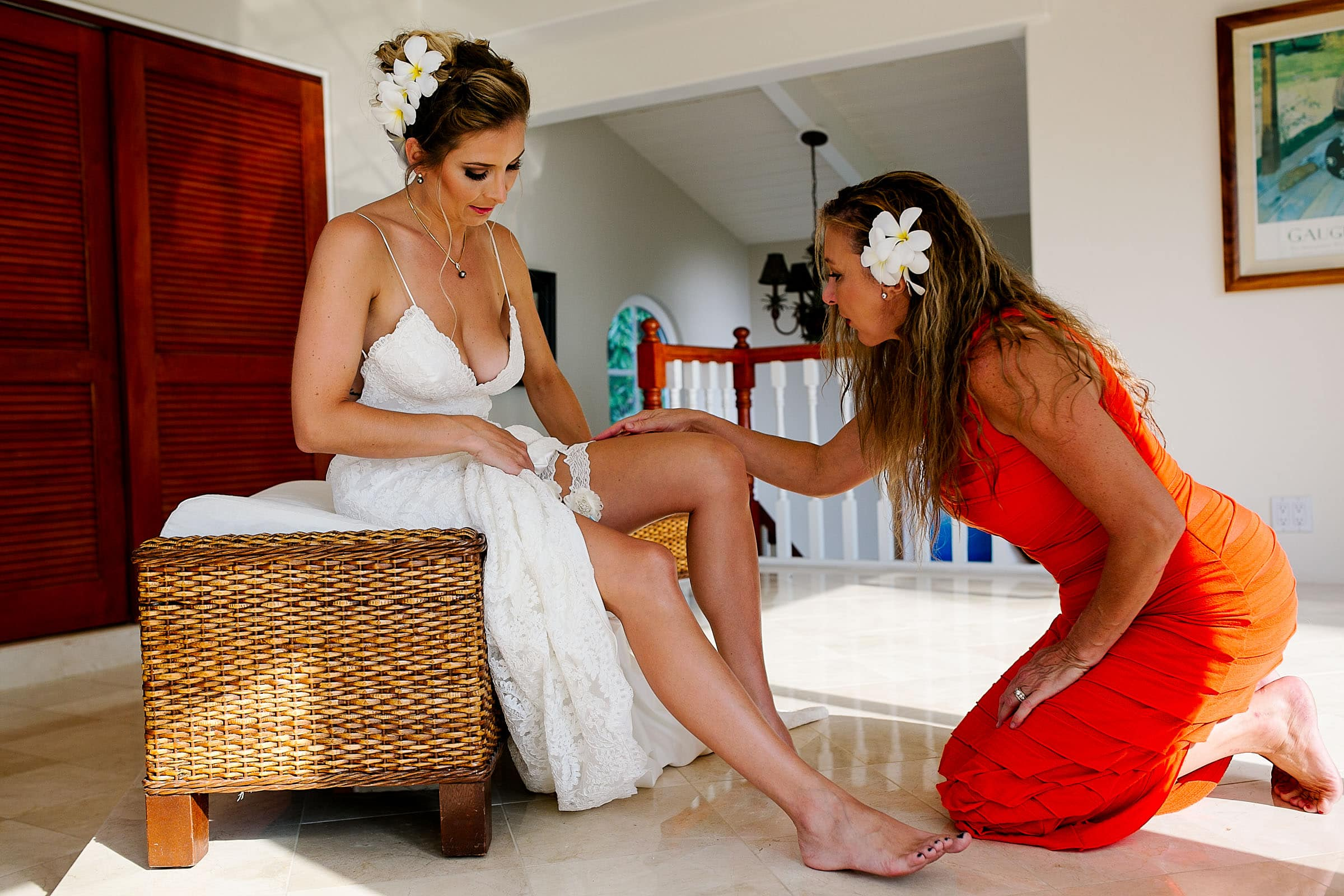 Beautiful bride getting ready for her Kailua Kona Wedding at the Kona Beach Bungalows on the Big Island of Hawaii