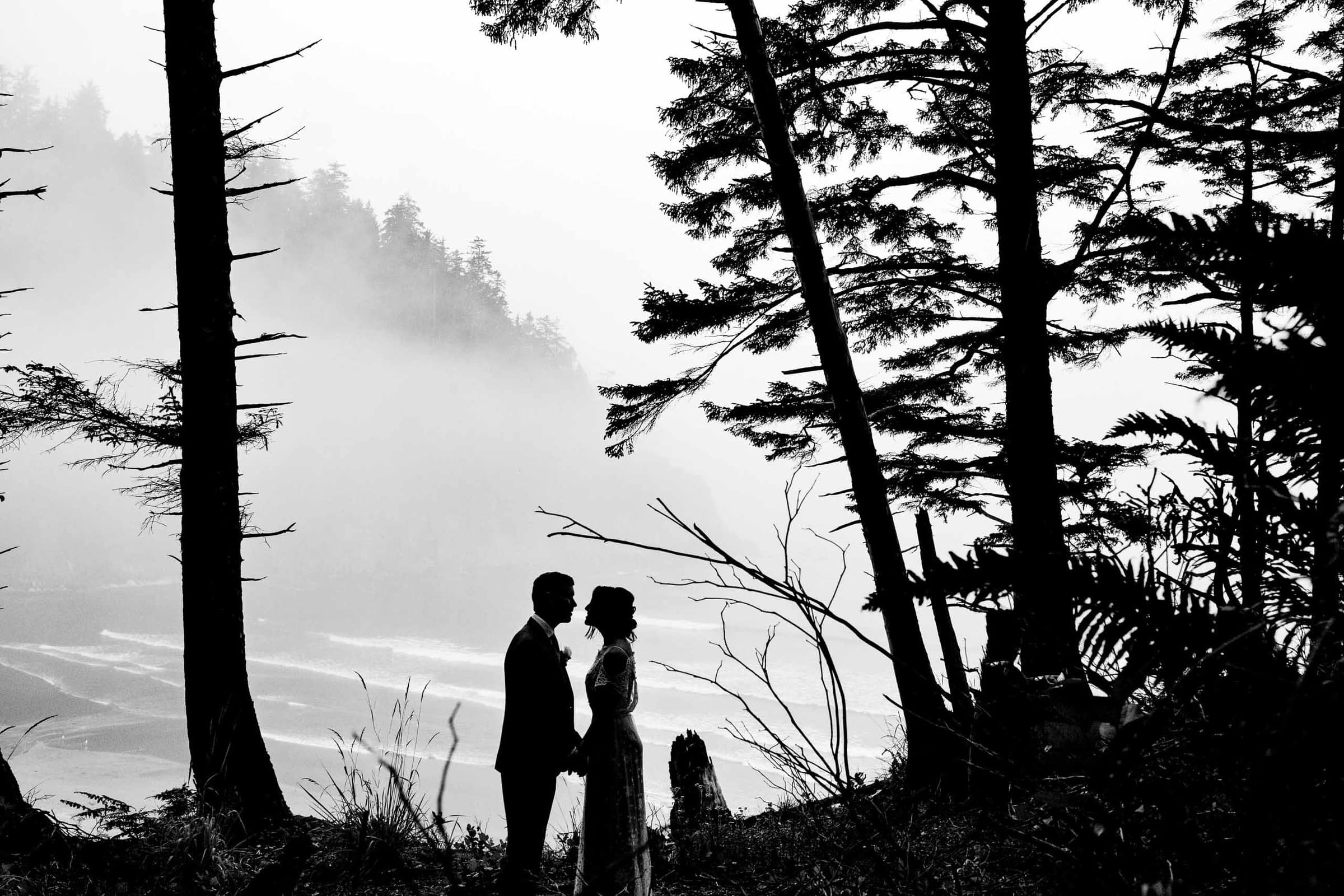Bride and Groom silhouette photo of their Oregon Coast Elopement