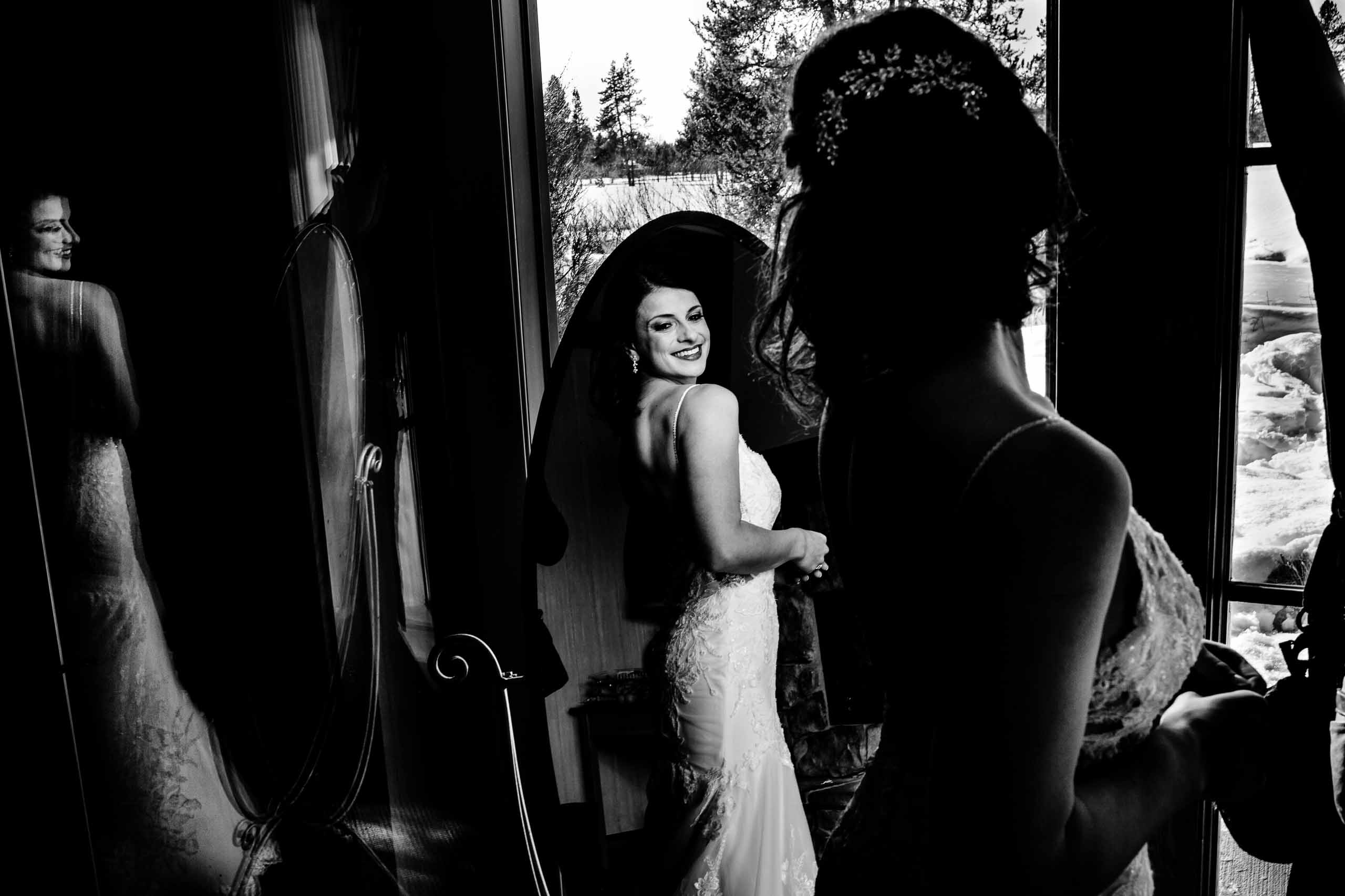 Lovely photo of bride getting reading for her Sunriver Resort wedding in Oregon