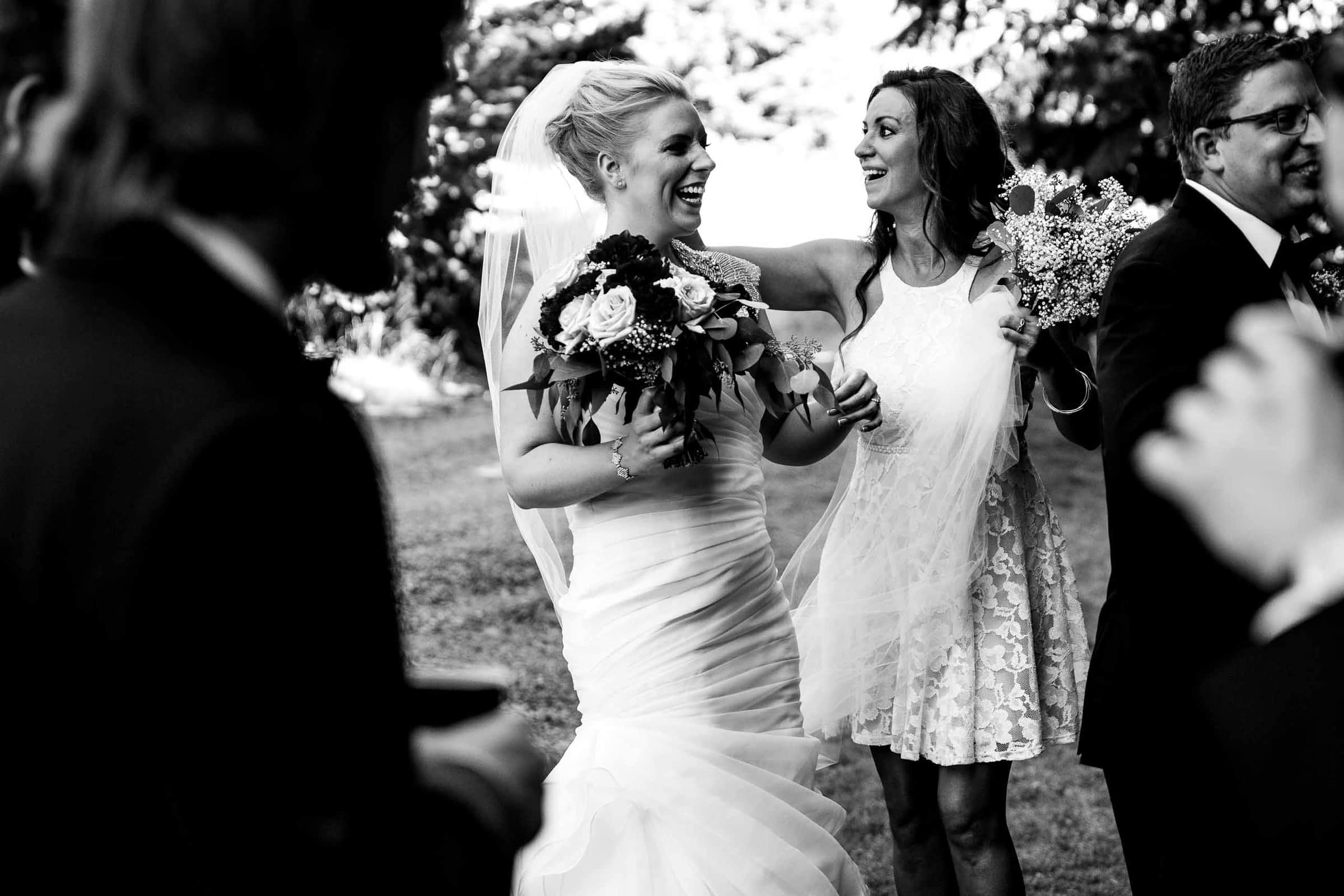 Bride and friend at a Gorge Crest wedding in the Columbia Gorge near Hood River just outside Portland Oregon