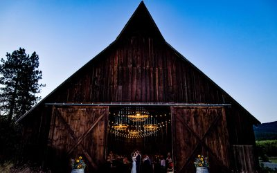 Kathleen & Sean – Tin Roof Barn