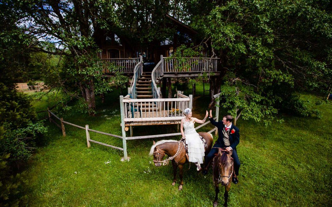 Tree House Resort Wedding – Laci & Michael