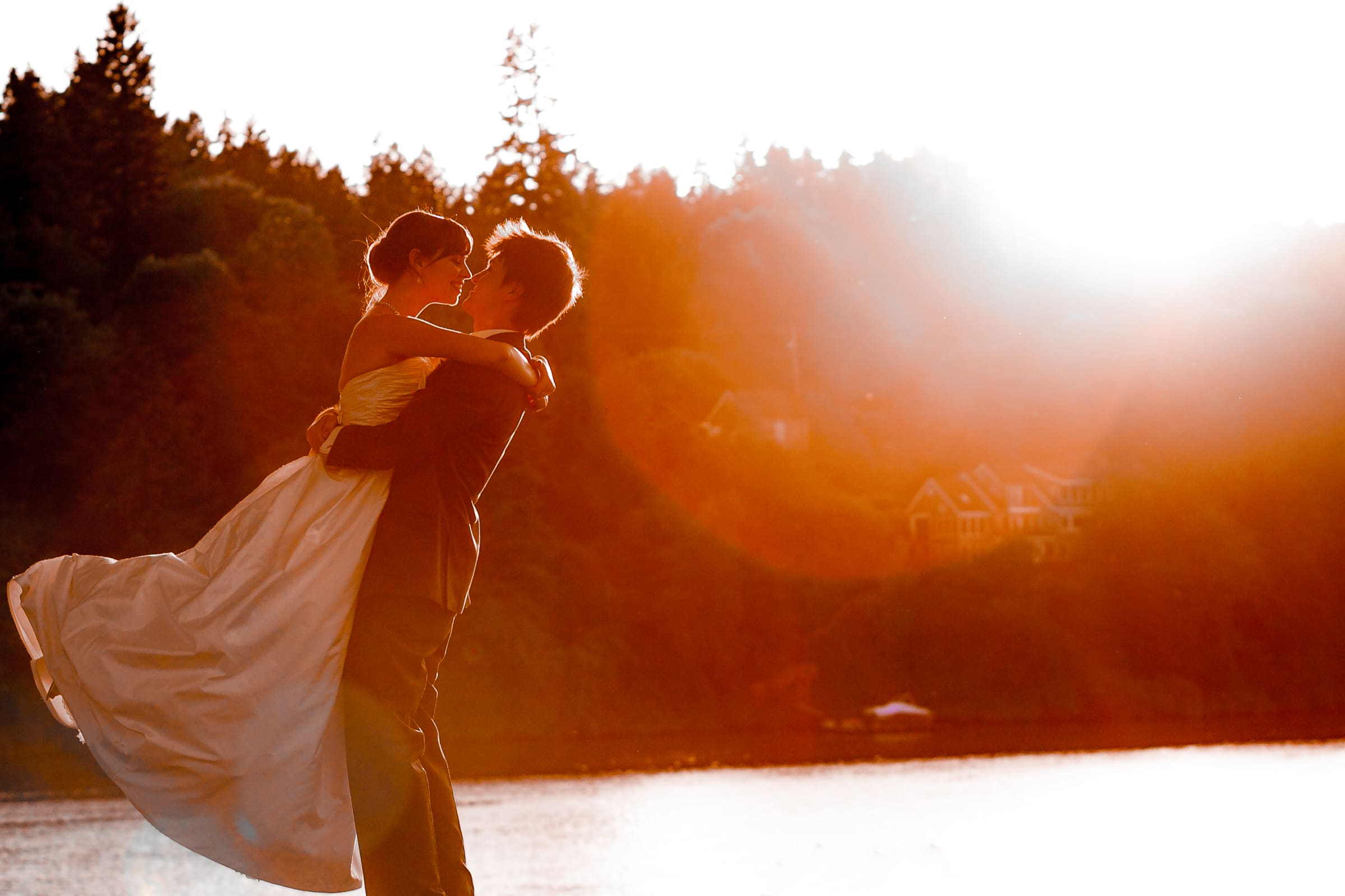 Bride and groom sunset golden hour photos during their Waverley Country Club wedding