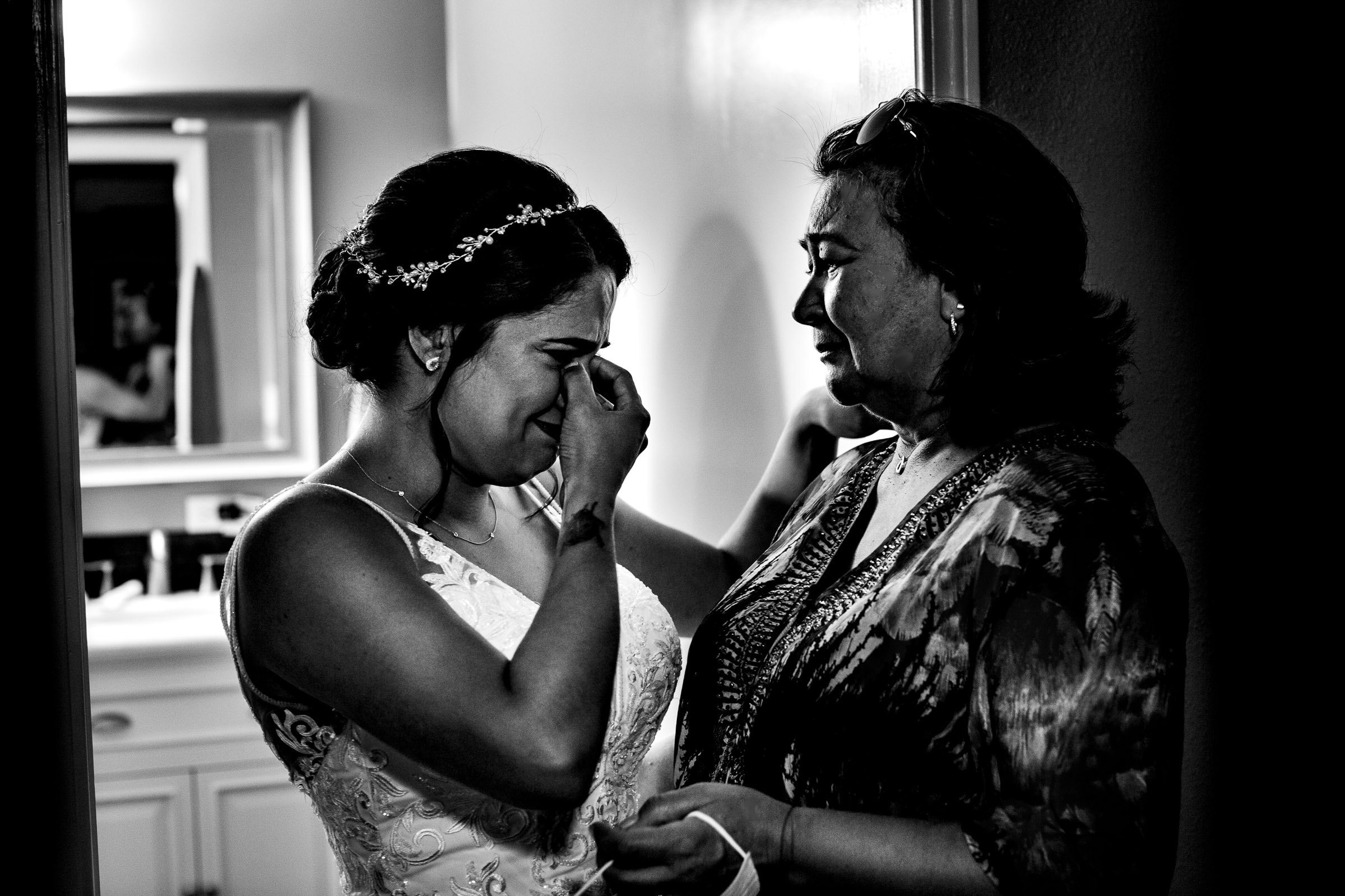 Bride emotional with sister before her Portland Wedding elopement