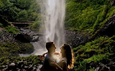 Latourell Falls Engagement Photos – Brendan & Stephanie